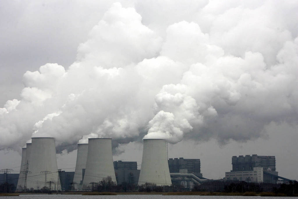 Europe's utilities vow end to coal after 2020, as Trump promises revival