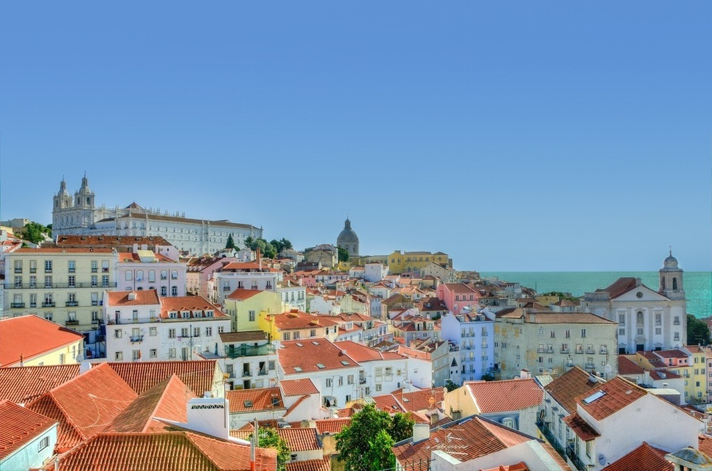 How I spent six days in Portugal for less than $2,000 - MoneySense
