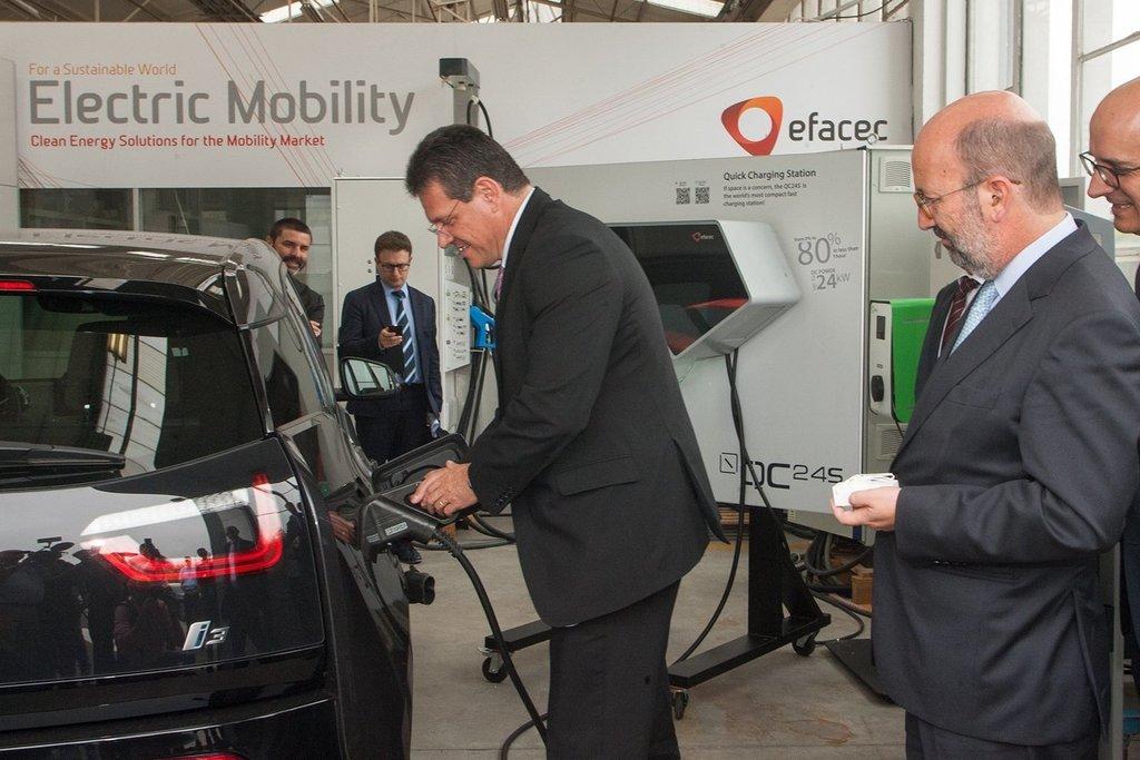 In Portugal, Šefčovič pushes renewables, interconnections