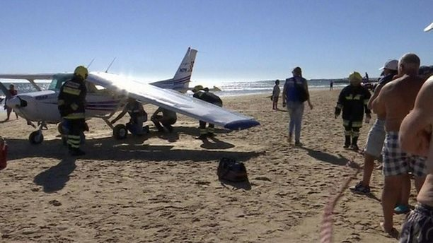 Portugal pair in court after fatal plane beach crash - BBC News