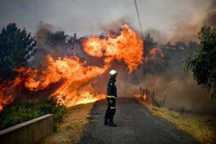 Wildfires rage in Portugal as scorching temperatures return