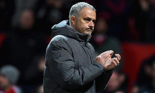 Manchester United slap £20m price-tag on Jose Mourinho to ward off PSG