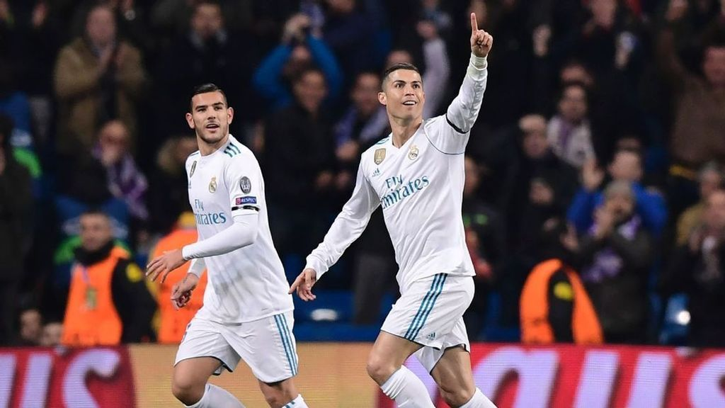 Cristiano Ronaldo becomes first to score in all six UCL group games