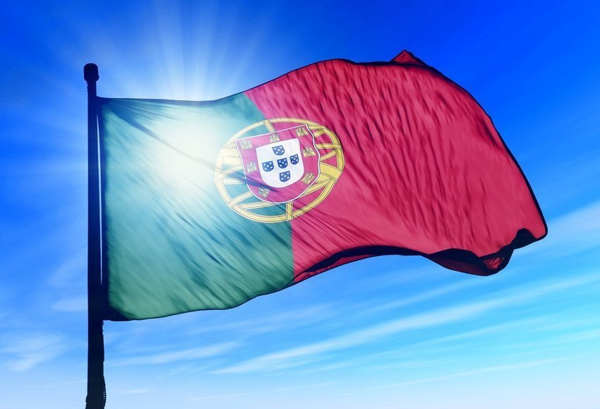 Portuguese Bank Santander Totta Backs Down, Allows Bitcoin-Related Transactions
