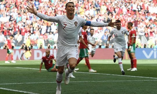 On the biggest stage, Cristiano Ronaldo is superior to Lionel Messi | Daily