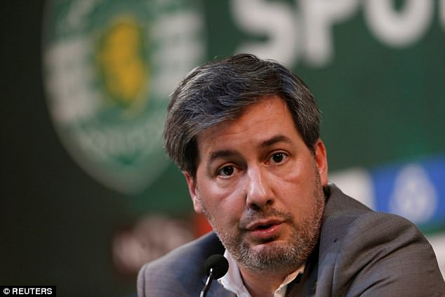 Lisbon's Sporting votes out president to halt player...   Daily