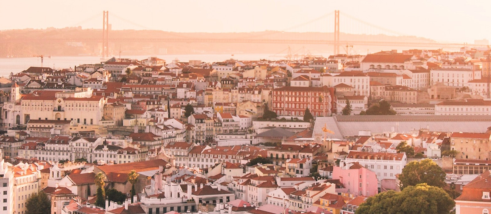 Travel to Portugal Is at a Record High Thanks to a Sharp Increase in the Number of Flights | AFAR