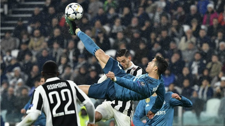 Portugal's Cristiano Ronaldo signs for Juventus from Real Madrid