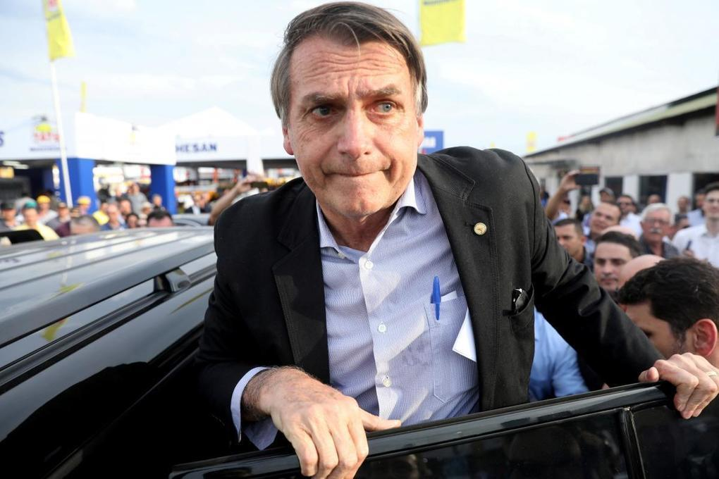 Right-winger eyes first-round win as Brazilians vote