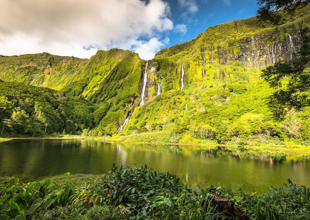 Cheap flights and vacation packages to the Azores Islands, Portugal