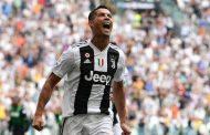 Cristiano Ronaldo scores first Serie A goals for Juventus