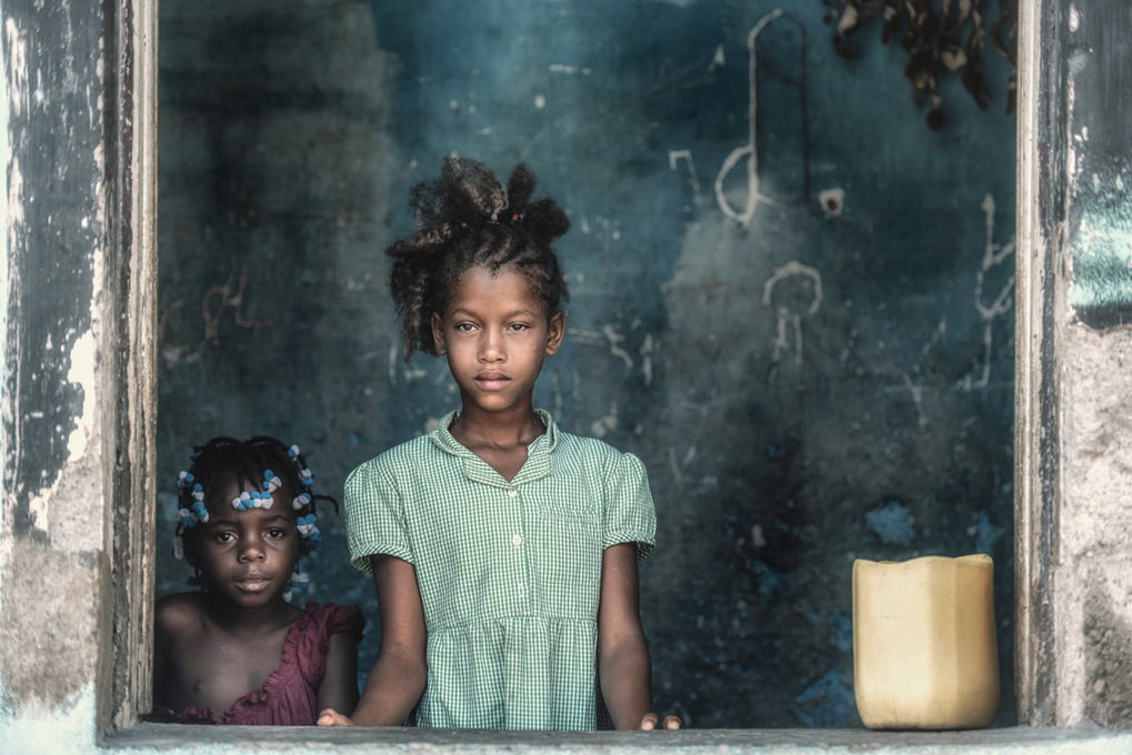 The streets of Sao Tome e Principe by Trevor Cole |