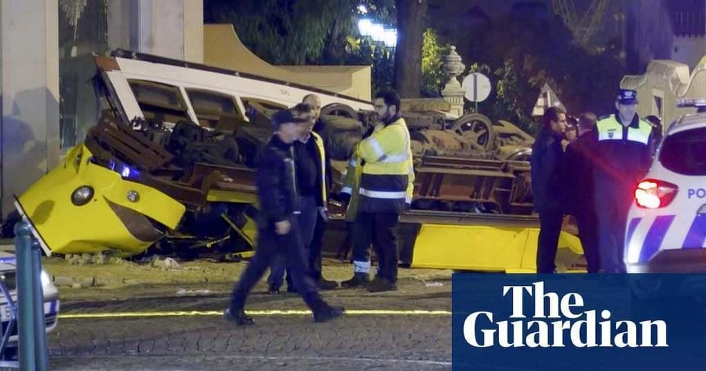 Dozens injured in Lisbon tram crash | World news | The Guardian