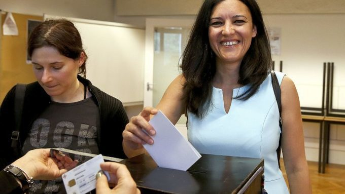 Six months before elections, only CDS and Left Bloc announced their candidates in Portugal – EURACTIV.com