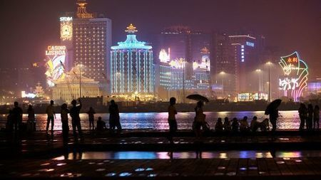 Macau gambling revenue grows in 2018, shrugging off trade war fears
