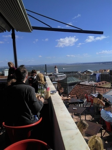 Noobai rooftop bar restaurant Lisbon, nightlife & amazing Tagus river views