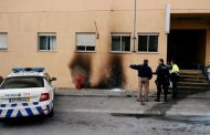 Portugal protests: Police station attacked, automobiles torched | Portugal News –