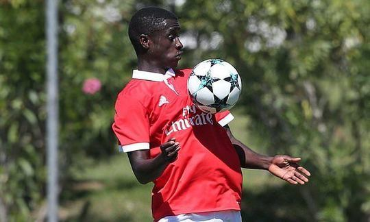 West Ham to sign 19-year-old Benfica winger Mesaque Dju on free transfer for Under-23 side | Daily