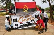 A steep price hike for passport applications pushed Angolans to protest ·