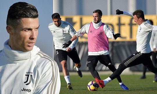 Cristiano Ronaldo hard at work as Portuguese star celebrates 34th birthday in Juventus training | Daily