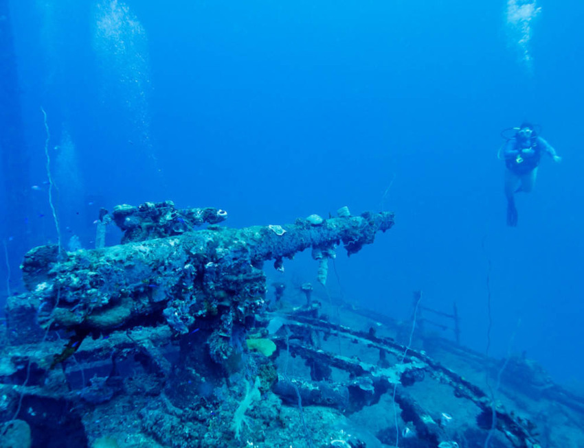 THE TOP 25 DIVE DESTINATIONS IN THE WORLD