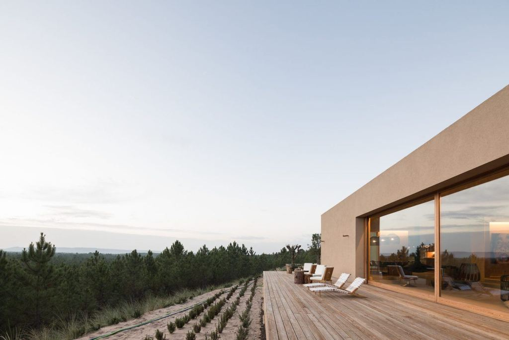 An Impressive Boutique Atelier And Artist Retreat In Melides, Portugal