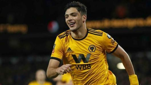 Raul Jimenez: Wolves sign Benfica striker for club record £30m
