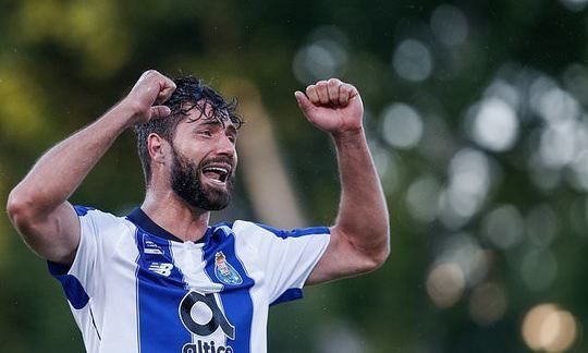 Atletico Madrid snap up £18million Porto star Felipe | Daily