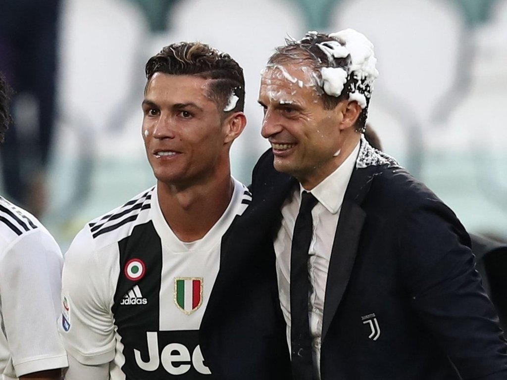Cristiano Ronaldo: Juventus star pays tribute to Massimiliano Allegri after winning Serie A MVP award