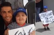 Cristiano Ronaldo stops Portugal team bus to make sick fan's dream come true by posing for photo | Daily -