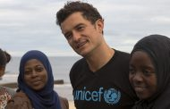 Mozambique: UNICEF Goodwill Ambassador Orlando Bloom meets the child cyclone survivors who've lost everything -