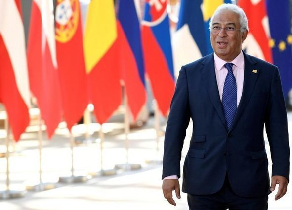 Portugal's Socialists extend lead before October election: poll