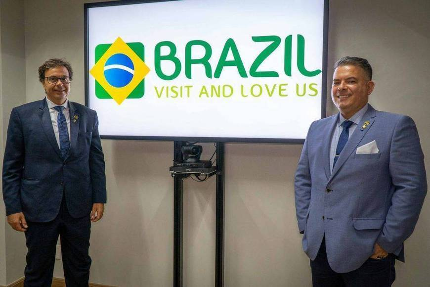 Sexual Connotation in Brazil's New Tourism Slogan Causes Controversy - Business - Folha -