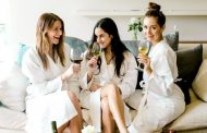 Why You Should Be Drinking Vinho Verde This Summer -