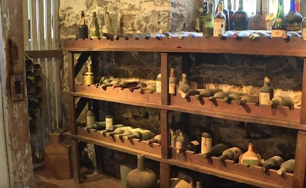Wine from the 18th century found in New Jersey cellar -