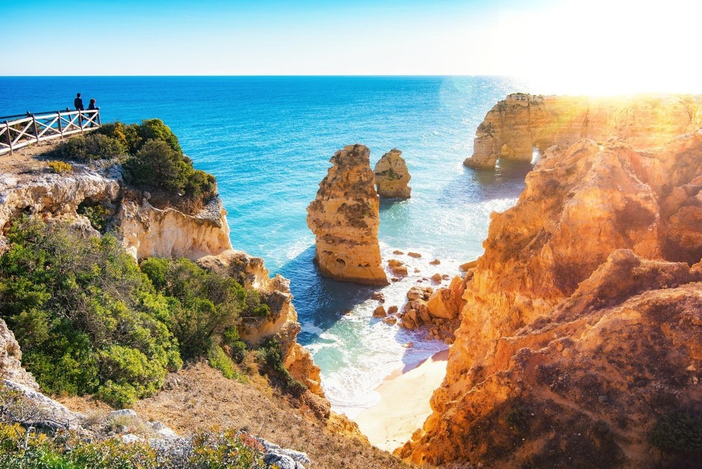 Tips for Exploring Algarve Region in Portugal With Kids -
