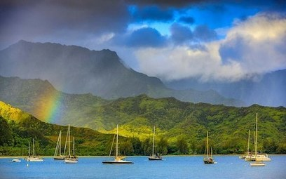 Discovering Hawaii on a small cruise ship -