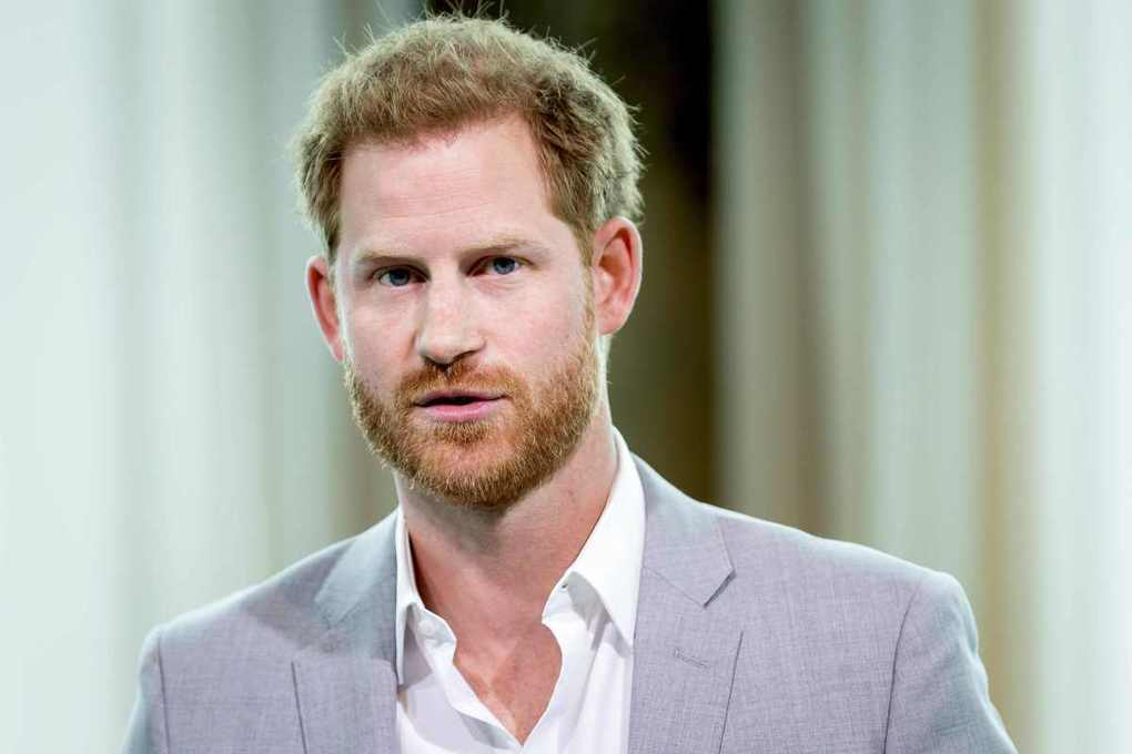 Prince Harry will make poignant visit to Angola to see mum Princess Diana's anti-landmine legacy –