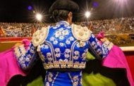 Bull by the tail - Bloodless Portuguese Bullfights -