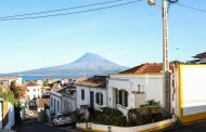 Por Caminho: Horta, Faial, Azores Photo Collection –