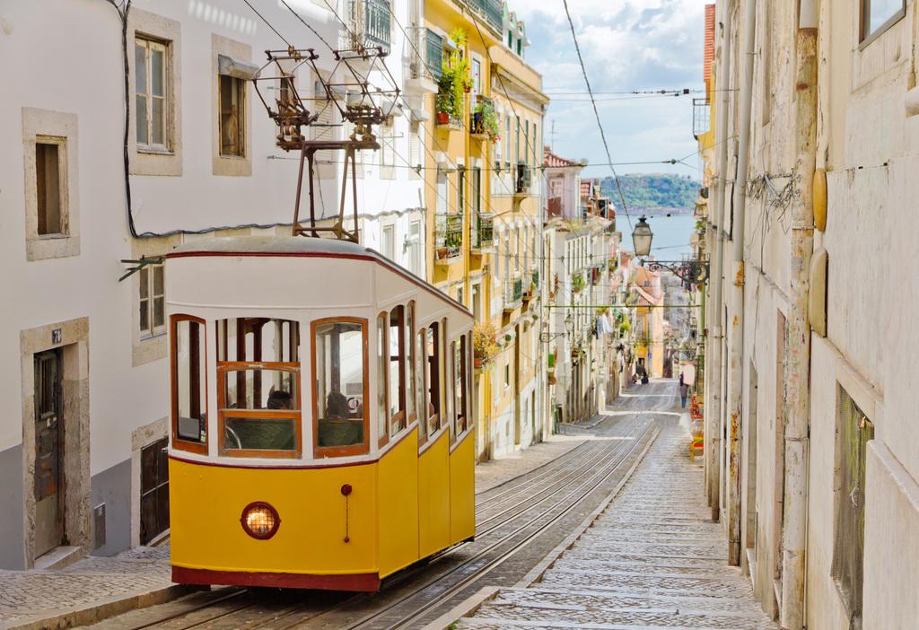 US Made Portuguese Citizens Eligible for E2 Visas