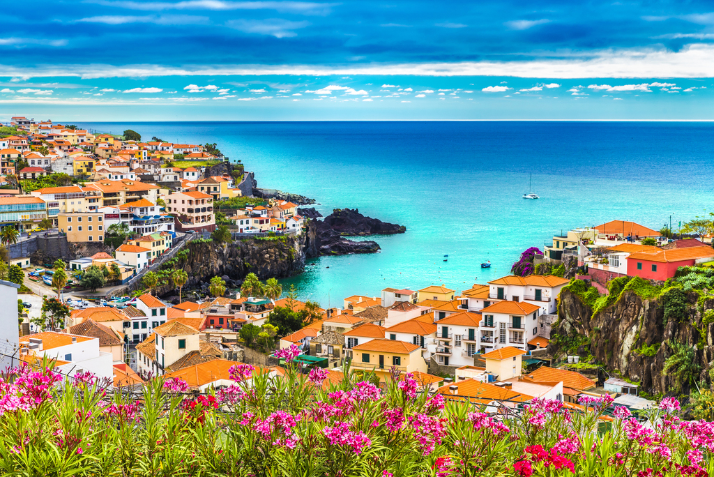 Why More People Are Going to Portugal to Retire -