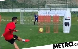 Bruno Fernandes scores stunning free-kick in training ahead of Chelsea vs Man Utd | Metro News -