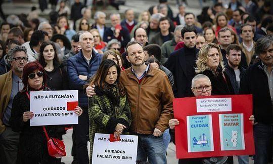 Portuguese doctors join the Catholic Church to oppose decriminalizing euthanasia |