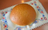 7 Takes On Pao Doce, The Portuguese Treat Also Known As Hawaiian Sweet Bread -
