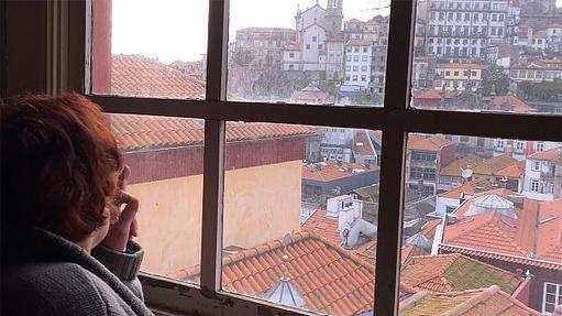Portugal's economic resurgence leaves its citizens behind | Euronews -