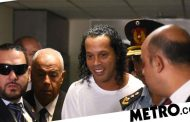 Ronaldinho 'loved' by Paraguayan prison inmates and he's teaching them football skills | Metro News -