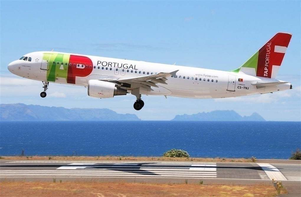Portuguese Prime Minister Suggests TAP Air Portugal Nationalization -