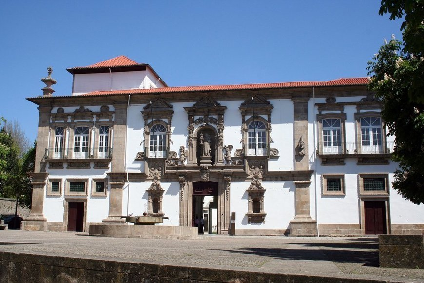 Guimaraes Travel Guide | Things To See In Guimaraes -