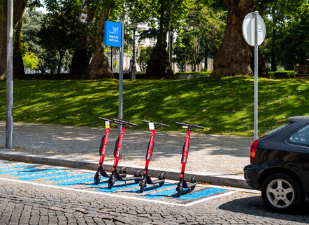 Porto launches electric scooter service |